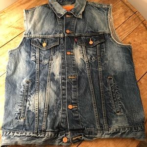 Retro Denim Stone Washed Levi's sleeveless jacket